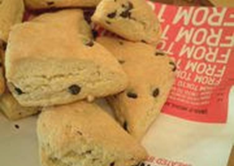 What are some Dinner Easy Love Easy Scones Made With Pancake Mix