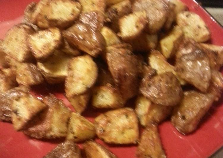 Garlic parmasean roasted potatoes