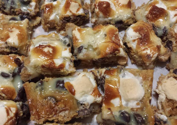 S' More cookie bars