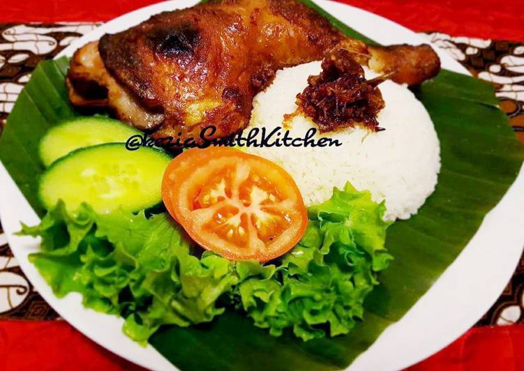 Simple Way to Prepare Perfect AYAM PANGGANG KECAP (Grllied Chicken with Sweet Soy Sauce)