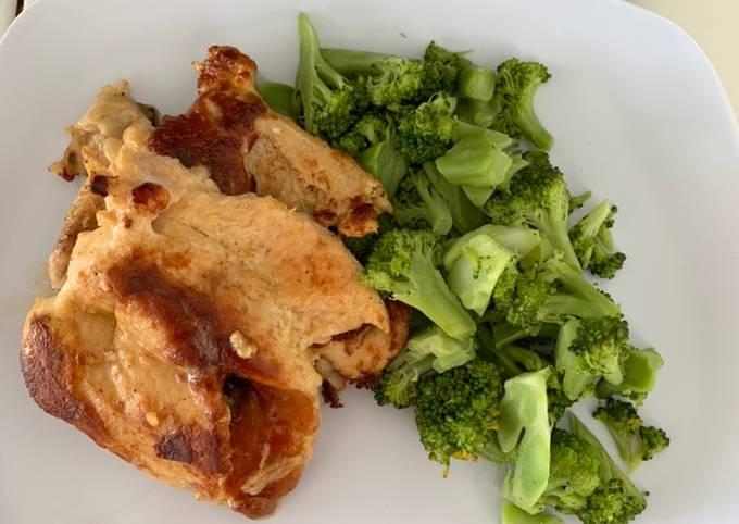 Menu Diet Enak Mudah (Dada ayam + brocolli rebus)
