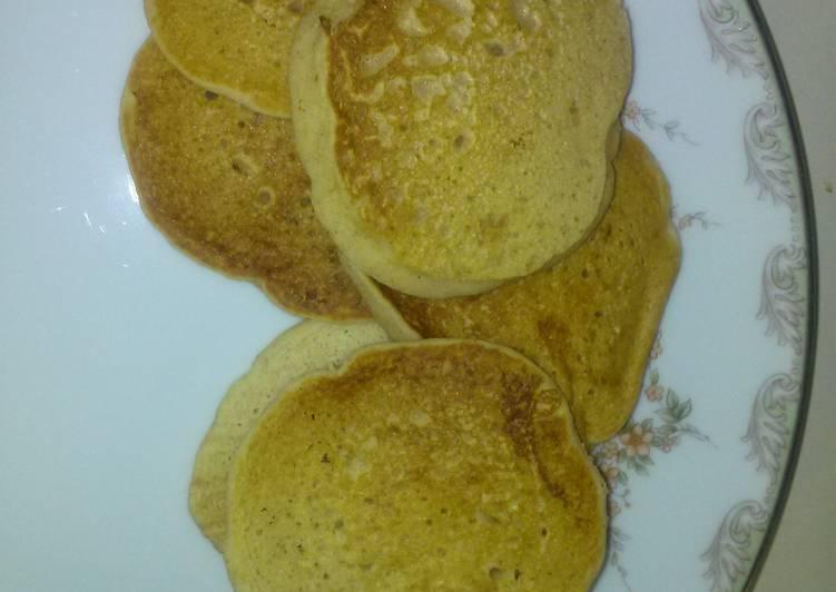 Momma's cinnamon apple pancakes