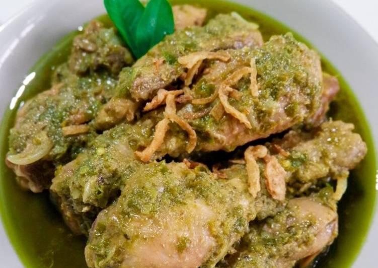 Ayam Lado Hijau (asli padang)