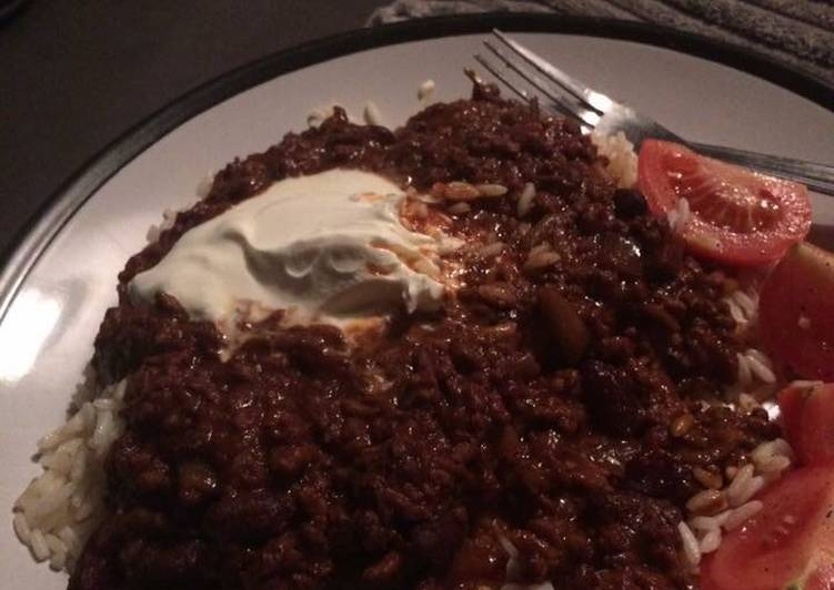 Steps to Make Super Quick Homemade Slow cooker Chili con carne