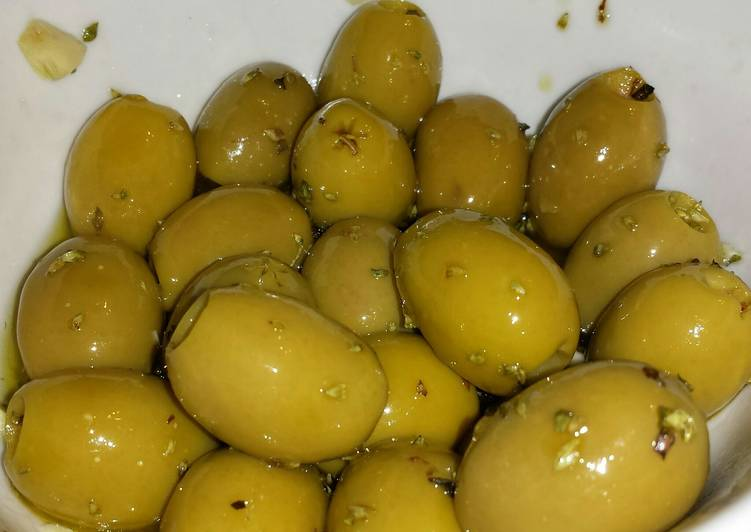 Use Food to Improve Your Mood Olives in Olive oil