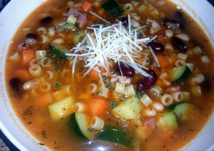 RayRay's Minestone Soup