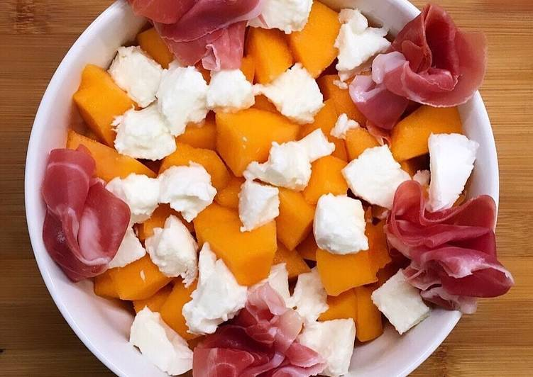 Salade melon, mozzarella et jambon de parme