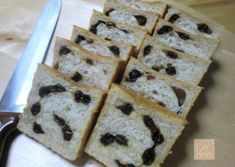 Easiest Way to Make Any-night-of-the-week Fluffy and Crisp Whole Wheat Rum Raisin Bread