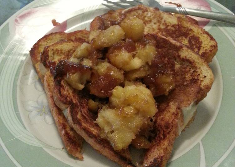Easiest Recipe: Appetizing French Toast with Caramalized Bananas