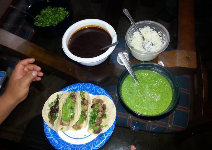 tacos de cabesa (cow head tacos)