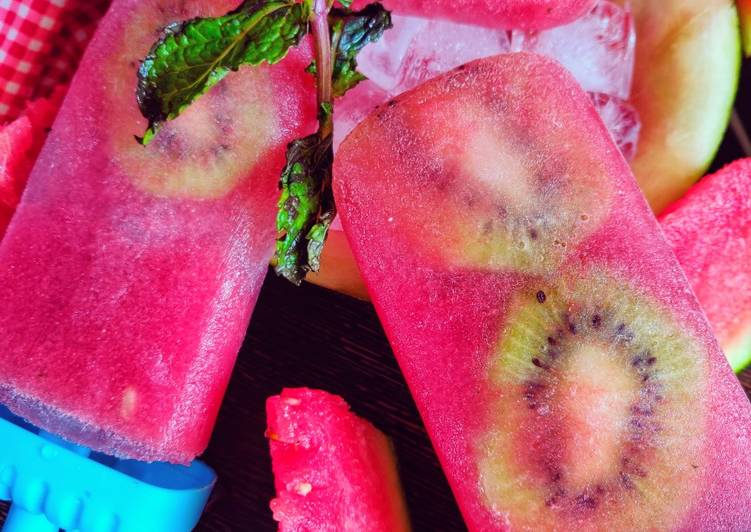 Recipe of Any-night-of-the-week Watermelon mint kiwi popsicles