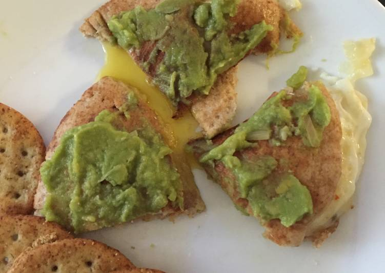 Pita Egg Sandwich