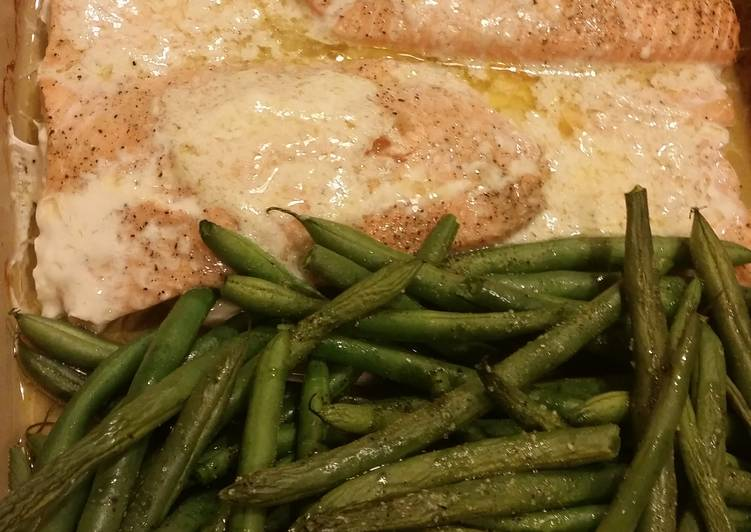 Tasy One Pan Salmon and Vegetables