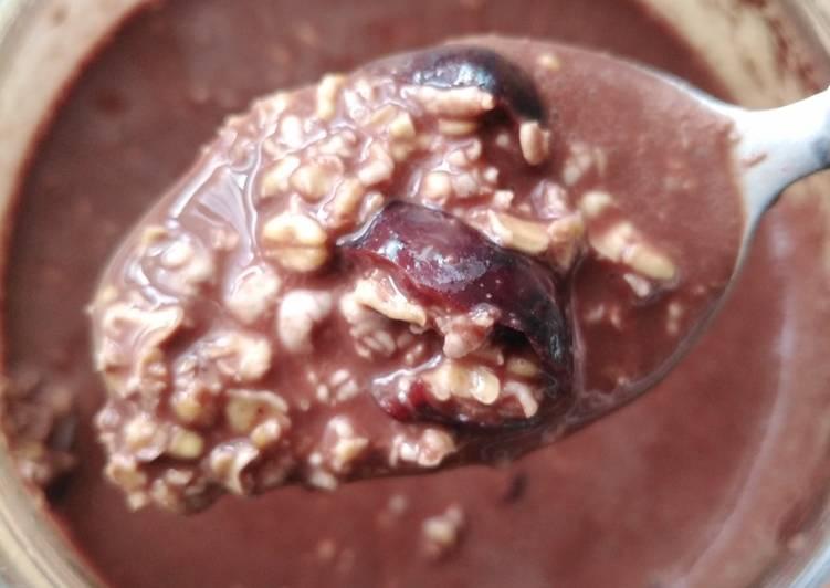 Vickys Cherry & Chocolate Overnight Oats, GF DF EF SF NF