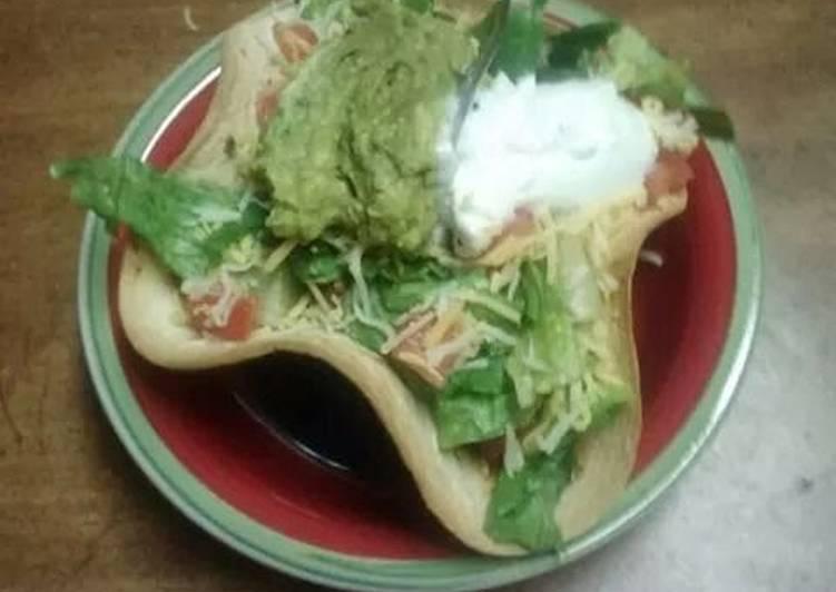 Restaurant Style Taco Salad Bowls