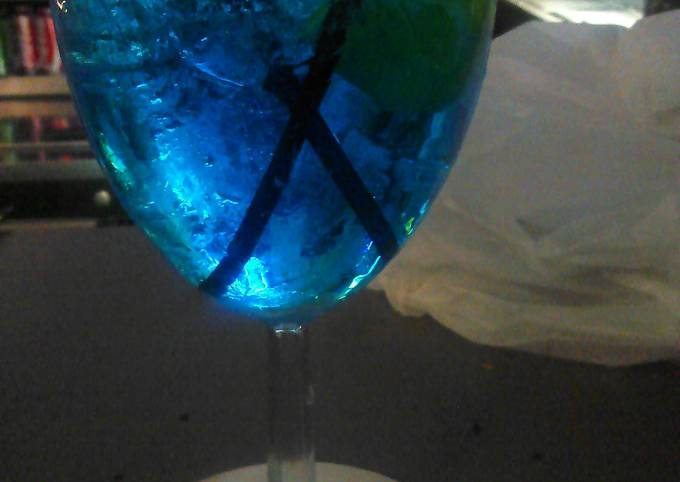 """Stacey """"s blue icee"""