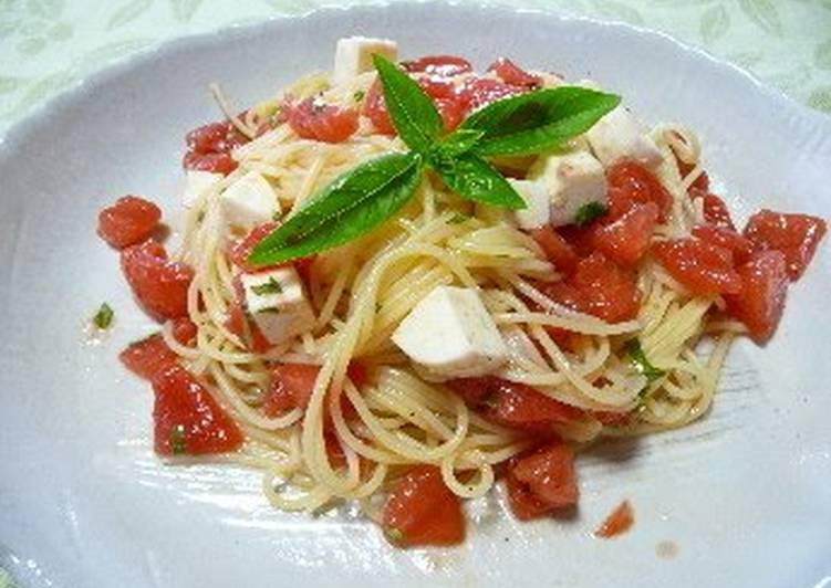 How to Cook Perfect Tomato and Mozzarella Chilled Pasta