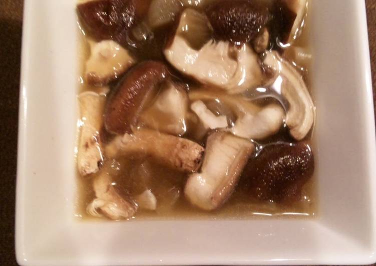 Recipe of Super Quick Homemade Easy Mushroom Soup With Onion Soup Stock
