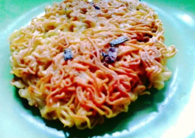 Noodles Omelettes
