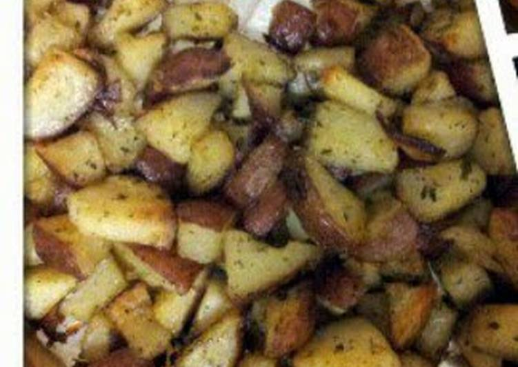 Red roasted baked potatoes