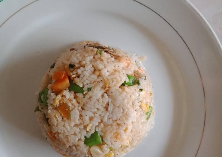 Nasi goreng seafood Hainan