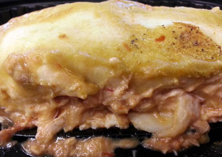 Easiest Way to Prepare Yummy Leftover Chicken Enchiladas with Goat Cheese