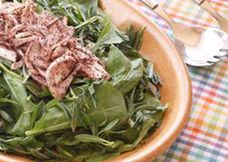 Simple Way to Prepare Quick Arugula and thyme salad - salatet rocca w zaatar