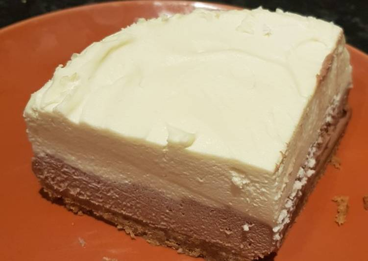 How to Make Delicious Double Chocolate Cheesecake