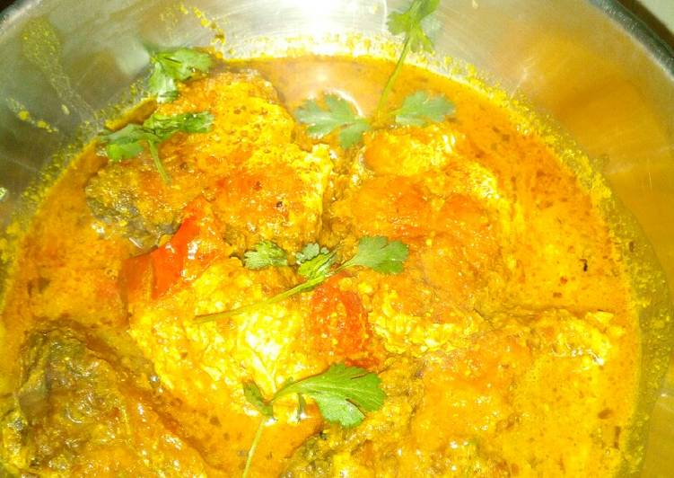 What is Dinner Easy Royal Fish masala curry in Mithila style