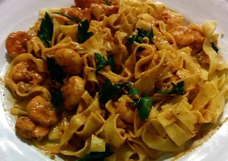 How to Make Perfect Tagliatelle con Scampi