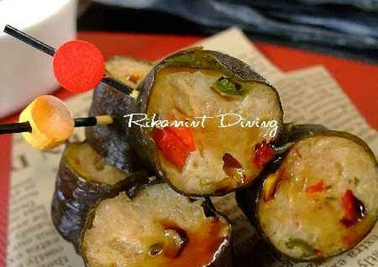 Sweet and Spicy Tsukune Kombu Maki Rolls