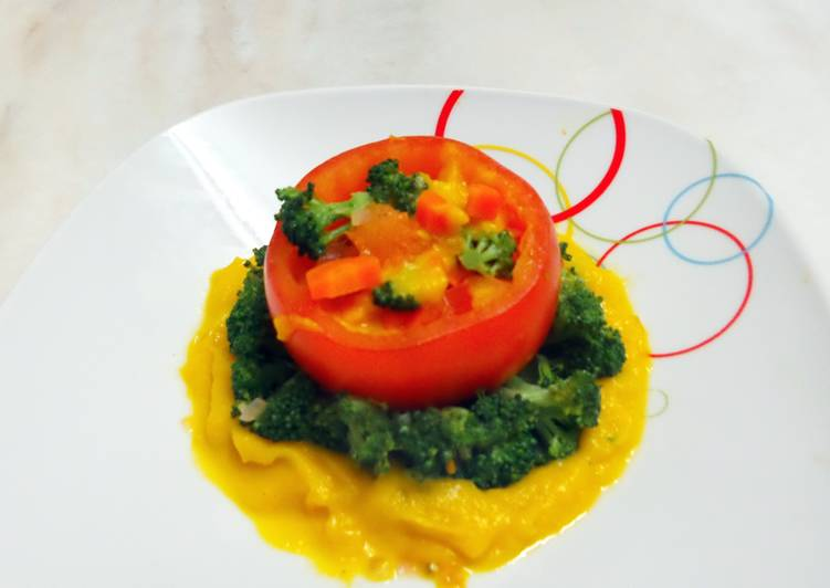 Mixed vege with tomato cup