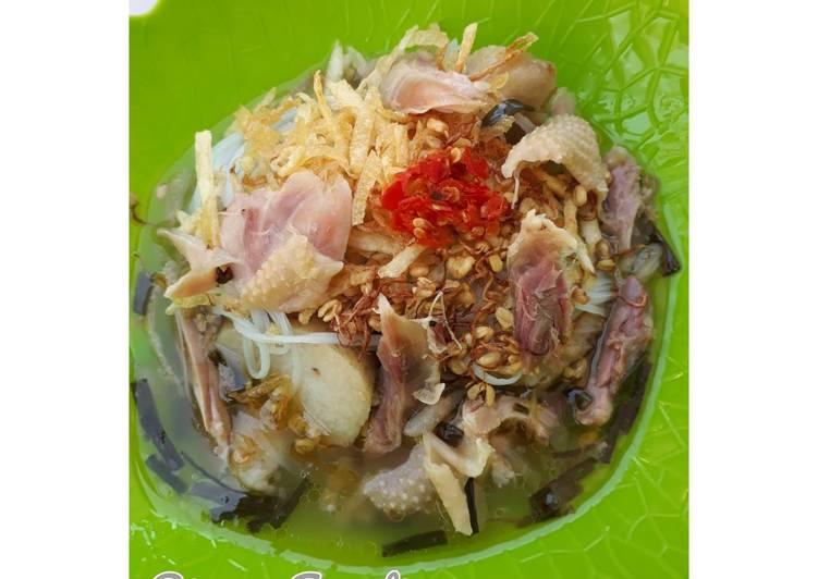 Soto Ayam Madura + Lontong
