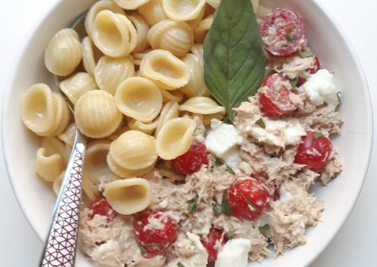☆Salade d'Orechiette, Thon, Tomates et Basilic☆