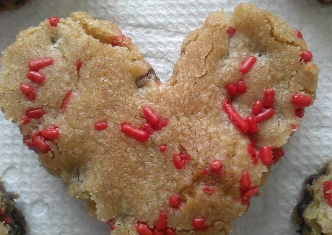 """"""" CHOCOLATE CHIP COOKIE HEARTS """""""