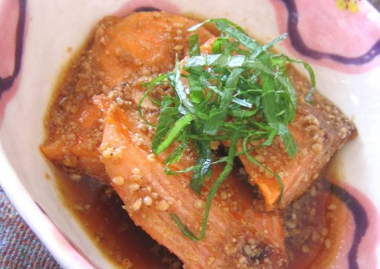 Grilled Salmon in Sauce