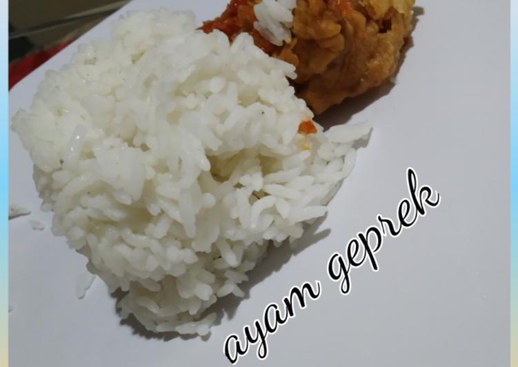 Ayam geprek simpel
