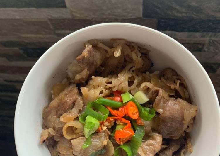 Beef Bowl Yakiniku Ala Yoshinoya