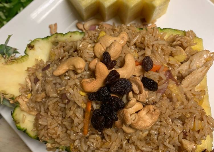 Step-by-Step Guide to Prepare Quick Pineapple fried rice