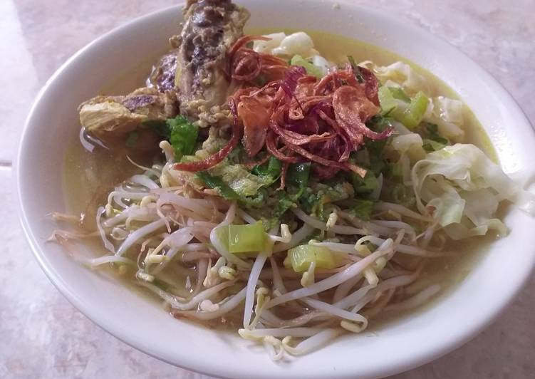 Soto Ayam Kuah Buthek