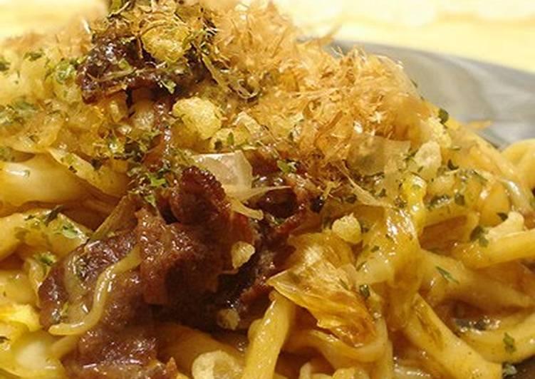 An Osaka-native's Sauce Yakisoba (or Stir-fried Udon Noodles)