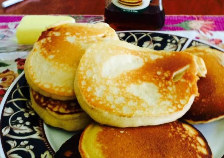 How to Make Homemade Plain Pancakes