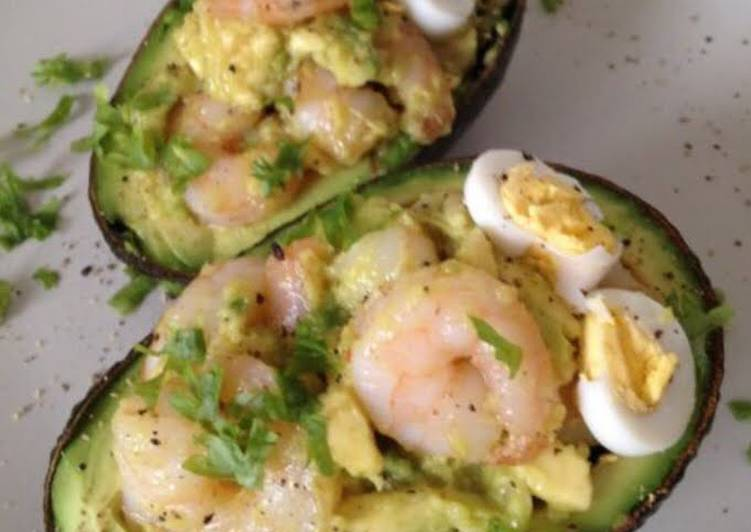 Recipe: Appetizing Stuffed Avocado with Garlic Shrimp