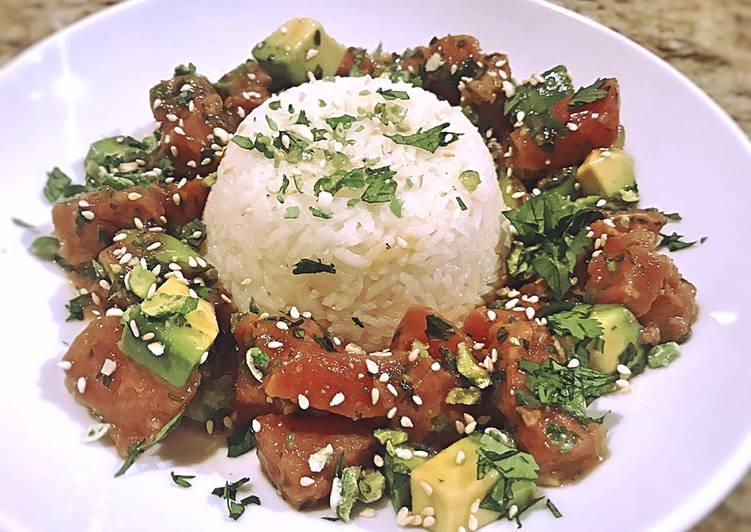 Tuna poke with coconut rice and Bibb lettuce