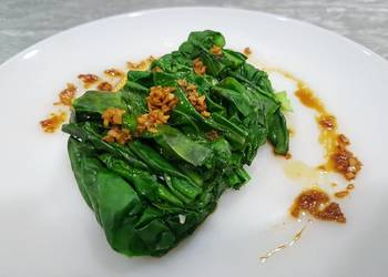 Easiest Way to Prepare Tasty Blanched Kai Lan in Ginger Soy Vinaigrette