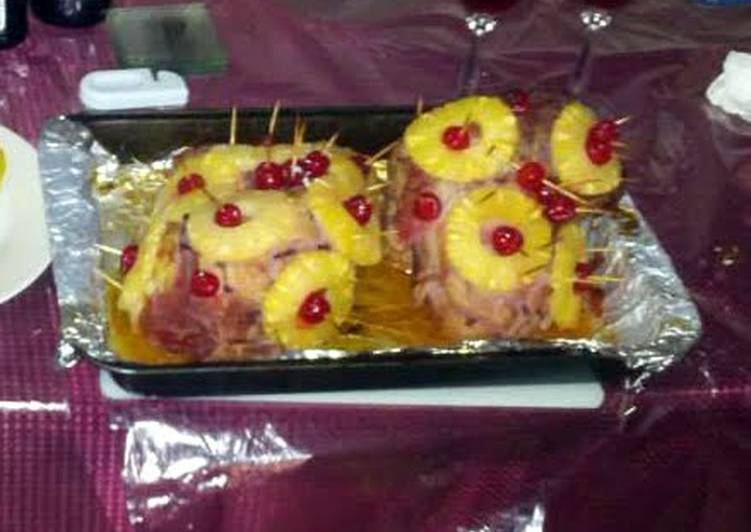 How to Make Perfect Pineapple glazed ham
