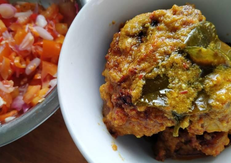Ayam singgang with dabu dabu