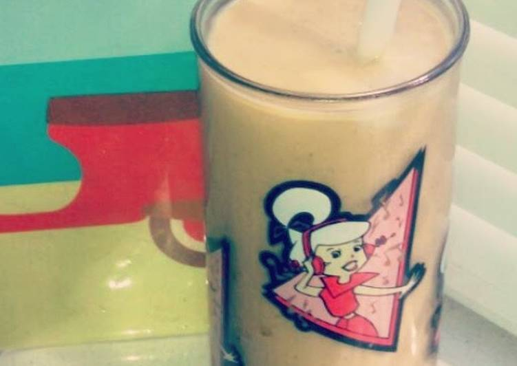 Lilhpster's Banana Bliss Smoothie