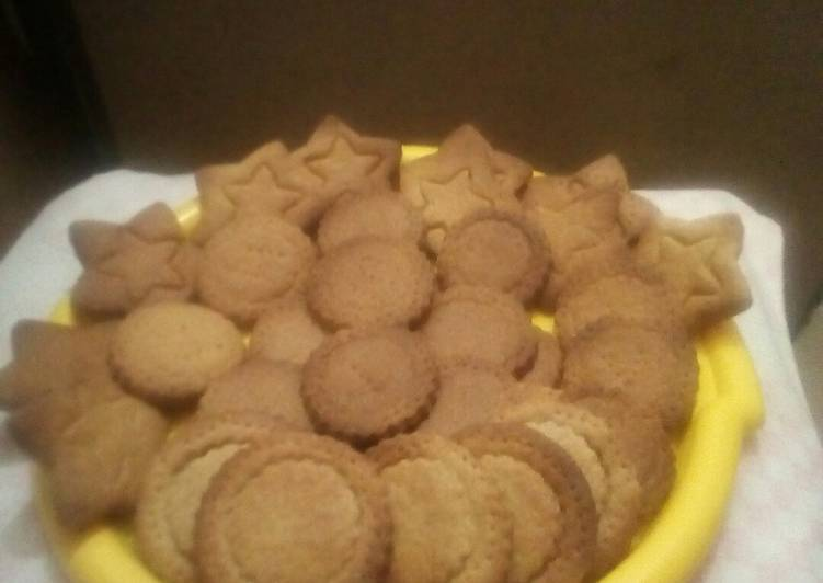 Recipe of Perfect Cardamon digestive biscuits#ginger digestive biscuit challenge