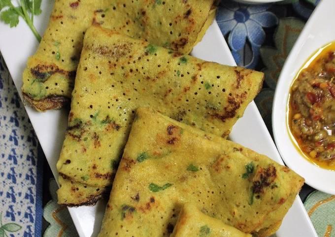 Tadka Dal Cheela / Crepes / Pancakes